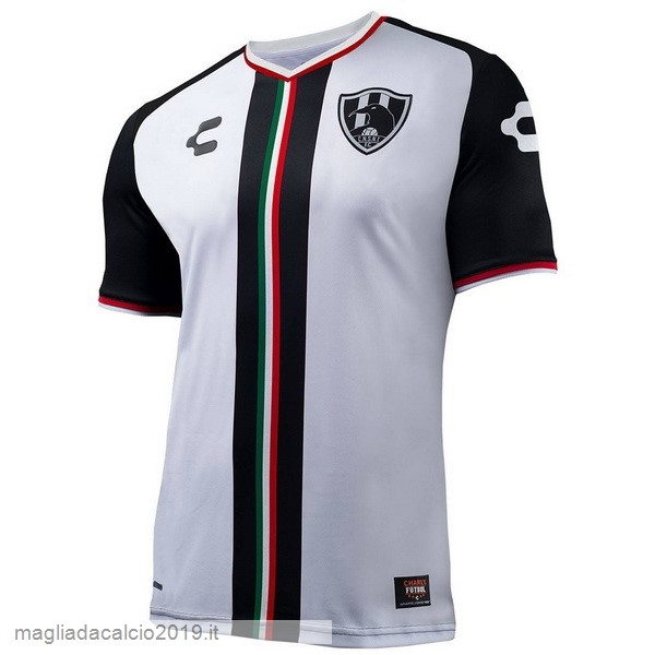 Kit Calcio Offerta Tenis Charly Home Maglia Cuervos 18-19 Bianco
